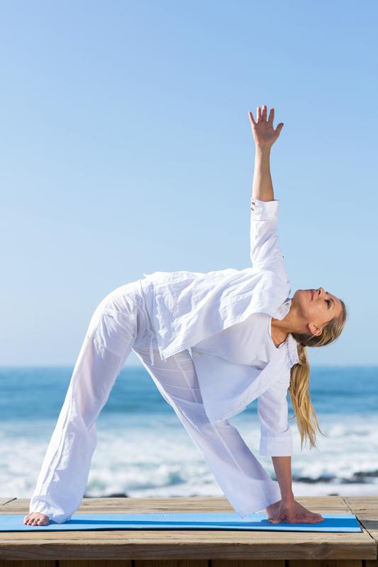 yoga-op-het-strand